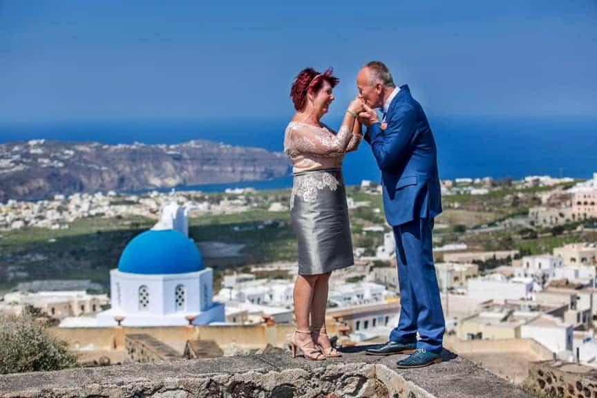 Trouwfoto Santorini Griekenland Bruidspaar