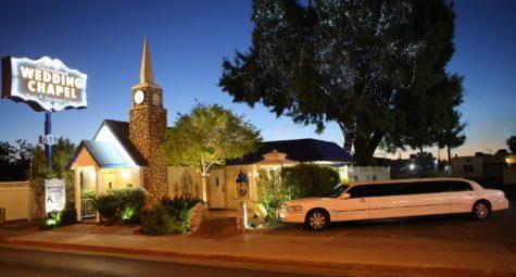 Trouwen in Graceland Wedding Chapel Las Vegas