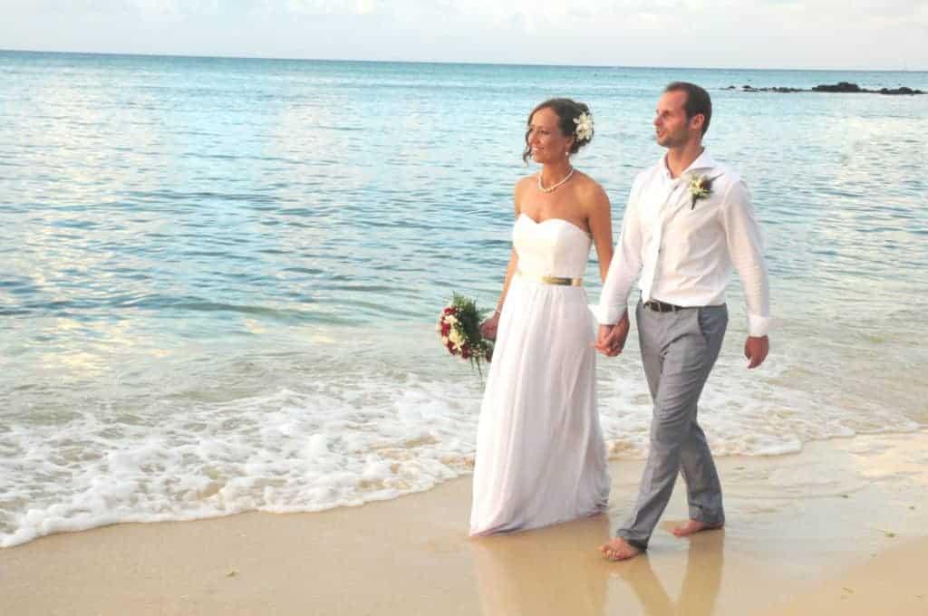 Dennis en Paula trouwen op Mauritius Mauricia Beachcomber
