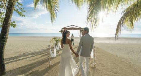 Couples Resorts Jamaica Trouwen